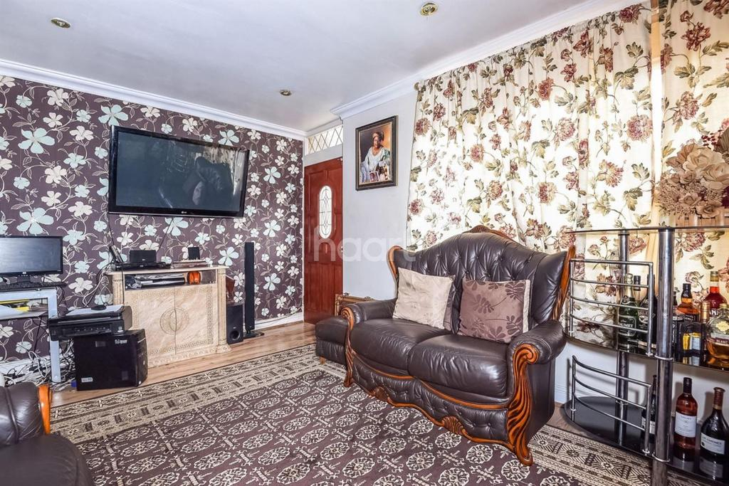 3 Bedrooms End Of Terrace House for sale in Gaywood Close, Brixton, SW2