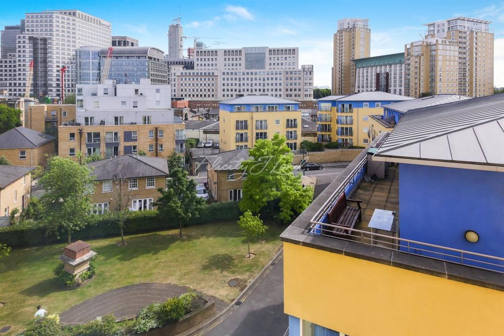 2 Bedrooms Flat for sale in Premier Place, Canary Wharf, E14