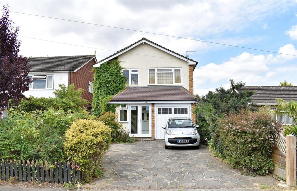 3 Bedrooms Detached House for sale in Benfleet