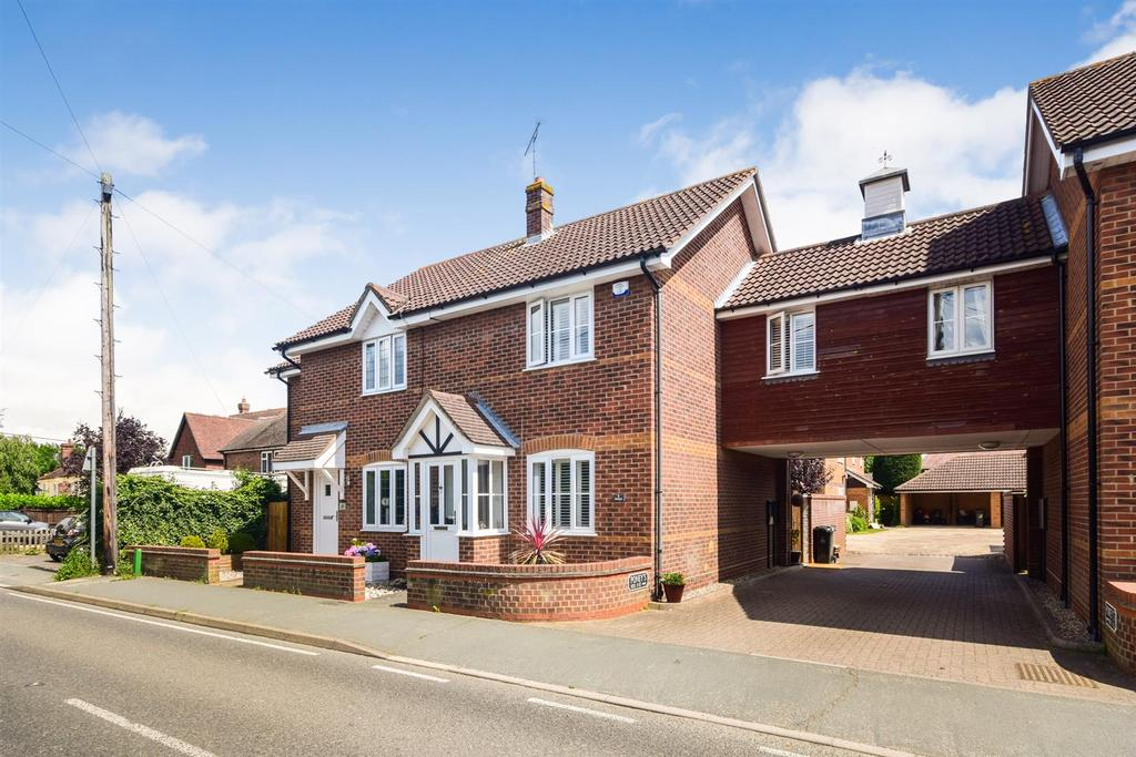 3 Bedrooms Semi Detached House for sale in The Street, Wickham Bishops