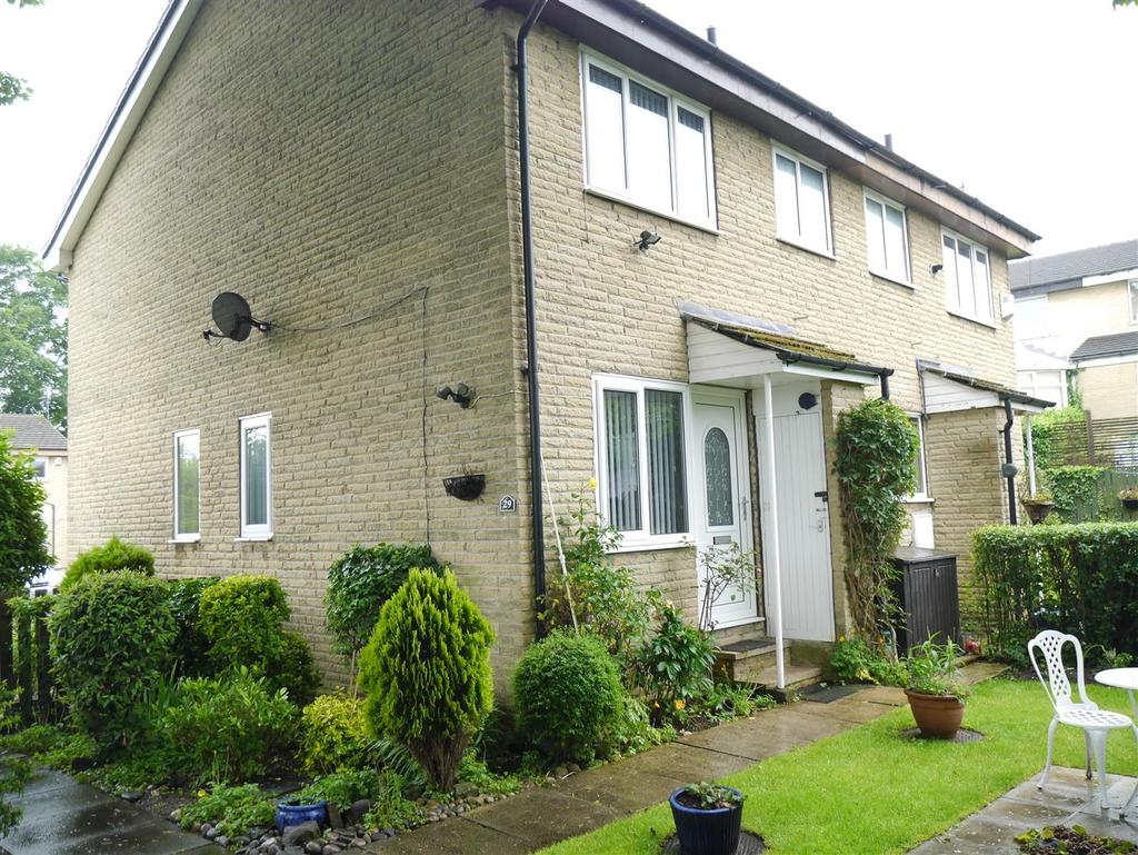 1 Bedroom Town House for sale in Fairburn Gardens, Bradford
