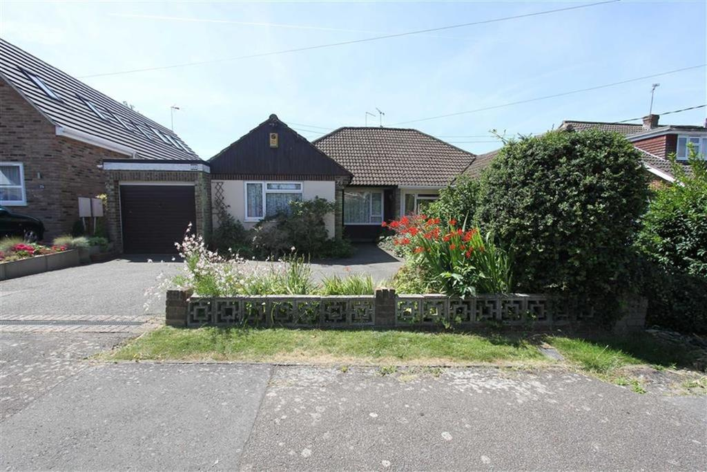 3 Bedrooms Semi Detached Bungalow for sale in Bellevue Road, Billericay