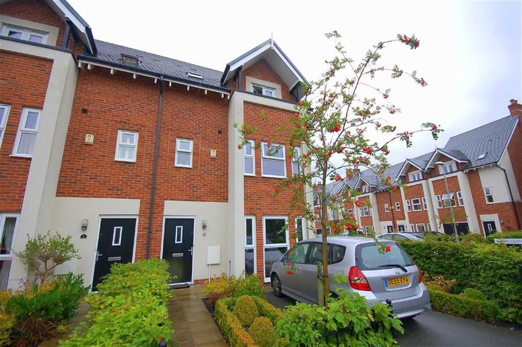 3 Bedrooms Town House for rent in Hightrees Drive, West Didsbury, Manchester, M20