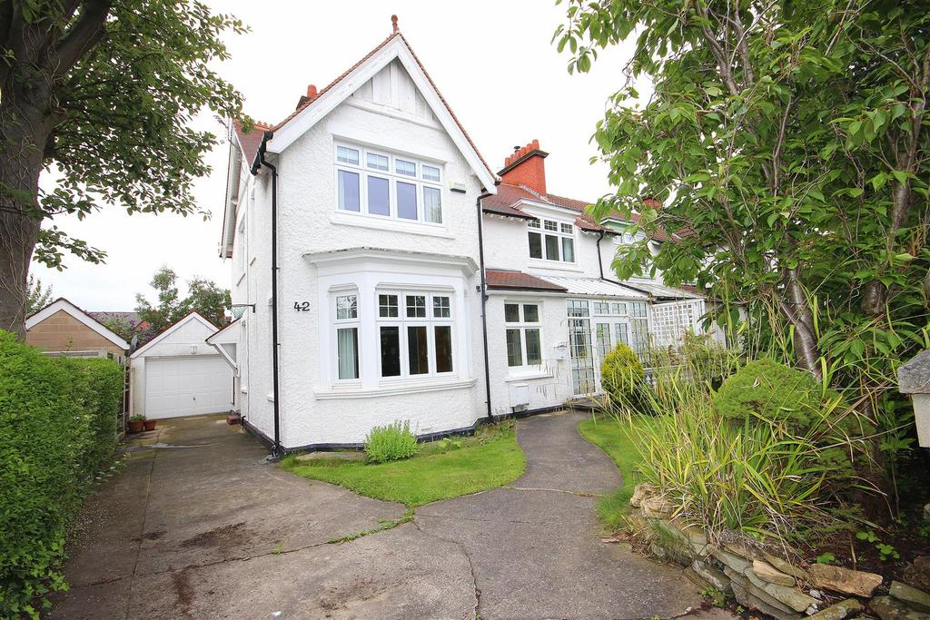 4 Bedrooms Semi Detached House for sale in Grantham Avenue, Hartlepool