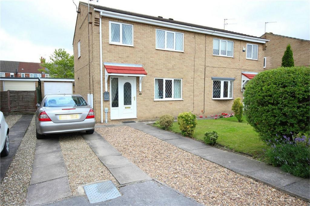 3 Bedrooms Semi Detached House for sale in Primrose Drive, Hull, East Riding of Yorkshire