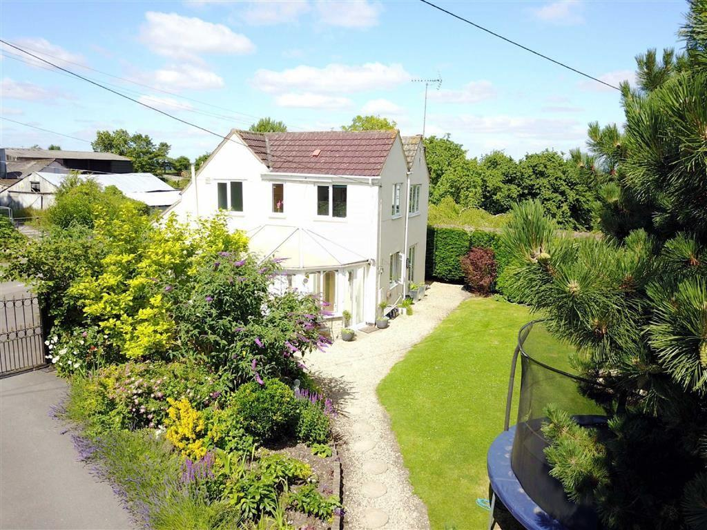 4 Bedrooms Detached House for sale in Peterborough Lodge, Dauntsey Lock