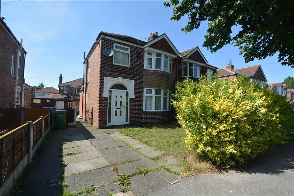3 Bedrooms Semi Detached House for sale in Winster Avenue, STRETFORD