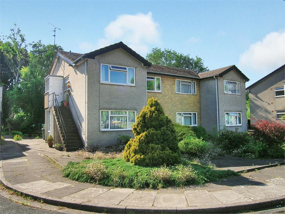 2 Bedrooms Maisonette Flat for sale in Duffryn Close, Roath Park, Cardiff