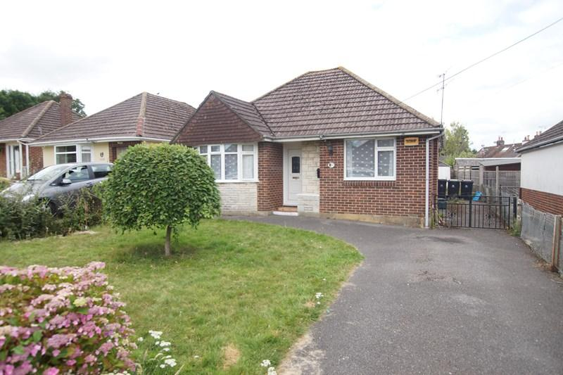 3 Bedrooms Detached Bungalow for sale in Greenfield Road, Charlton Marshall, Blandford Forum
