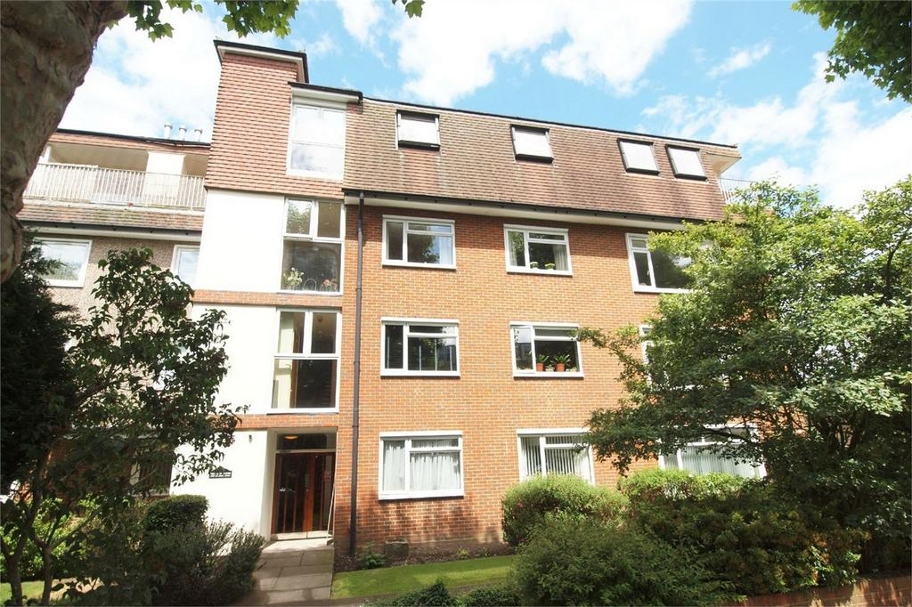 3 Bedrooms Flat for sale in 43 Wickham Road, Beckenham