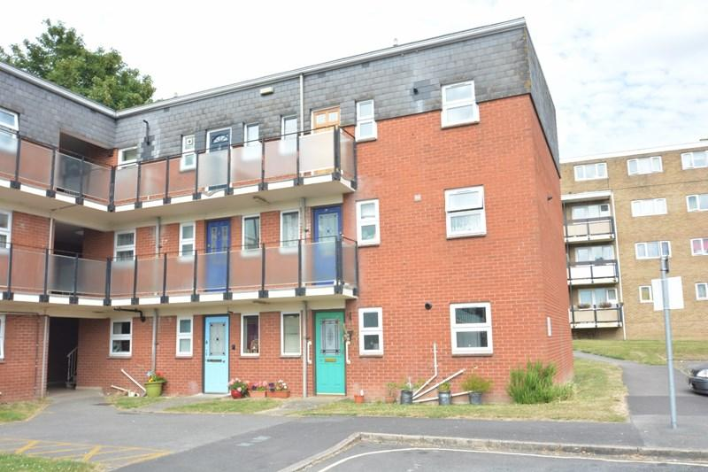 1 Bedroom Apartment Flat for sale in Beales Close, Andover
