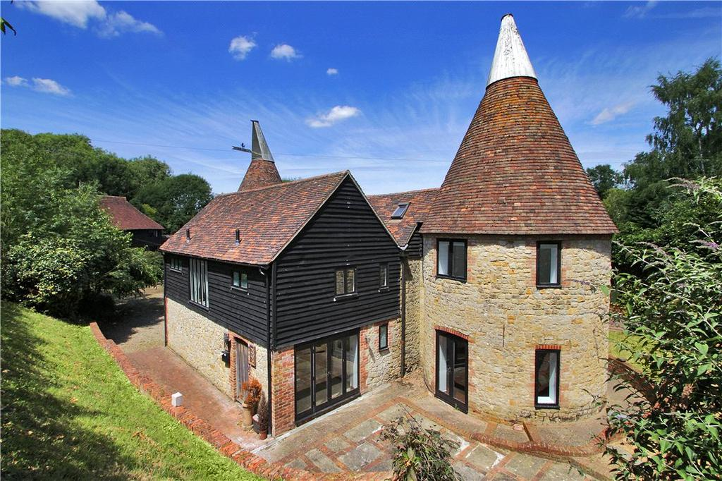 4 Bedrooms Detached House for sale in Fairbourne Lane, Harrietsham, Maidstone, Kent, ME17