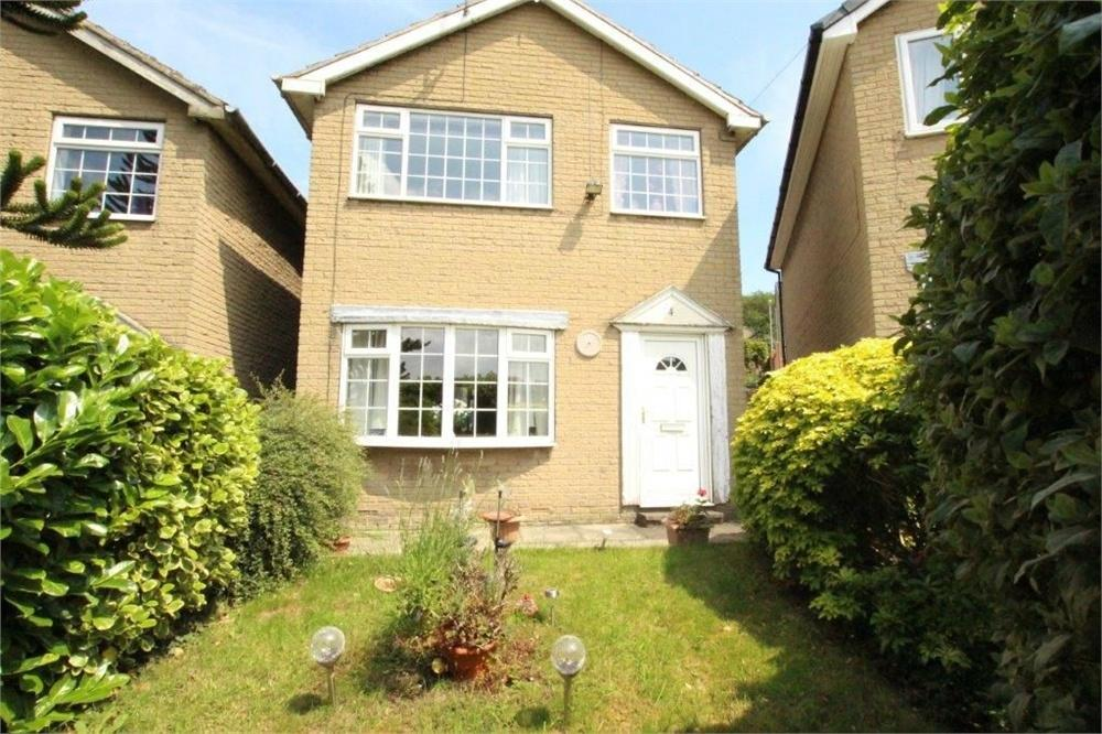 3 Bedrooms Detached House for sale in Brownhill Garth, BIRSTALL, West Yorkshire