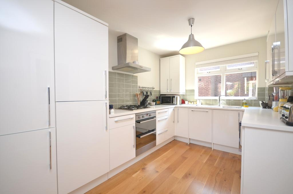 2 Bedrooms Terraced House for sale in Vaughan Williams Close Deptford SE8