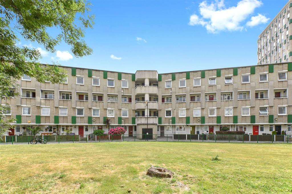 3 Bedrooms Flat for sale in Norton House, Roman Road, London, E2