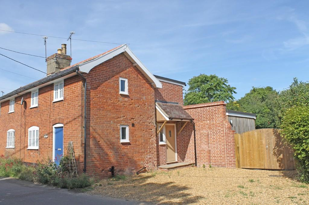 3 Bedrooms Semi Detached House for sale in Kettleburgh, Nr Framlingham, Suffolk