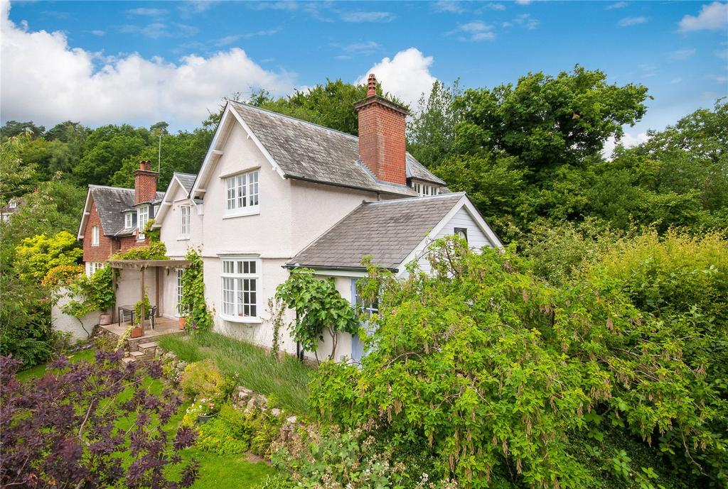3 Bedrooms House for sale in Coldharbour, Dorking, Surrey, RH5
