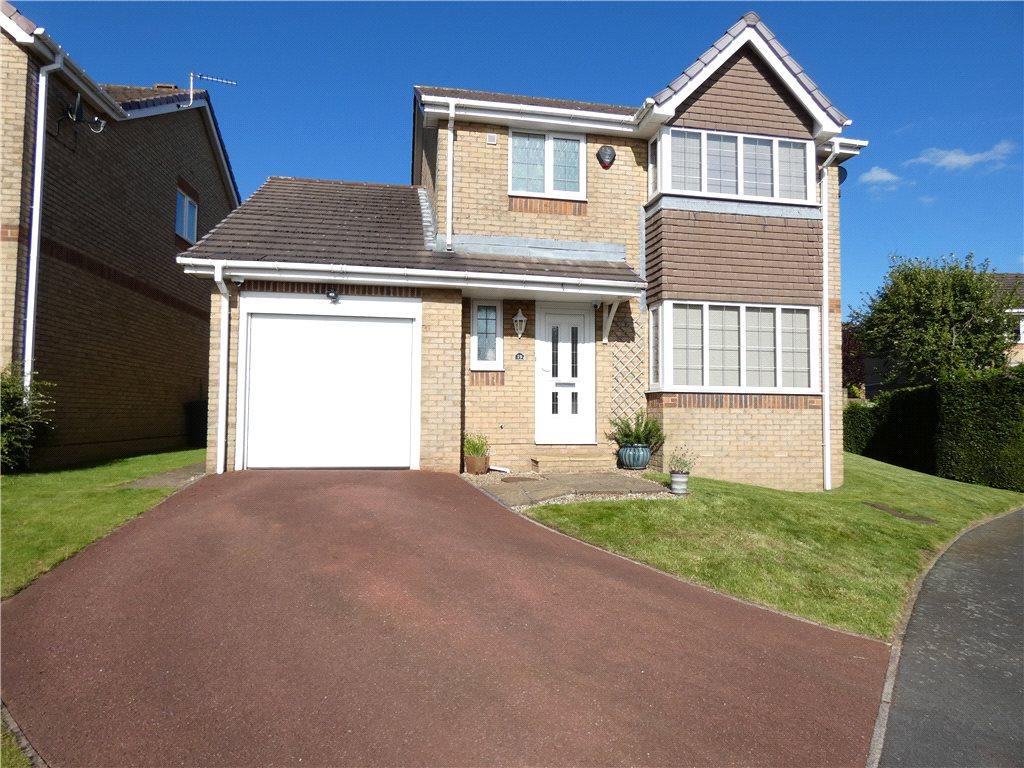 3 Bedrooms Detached House for sale in Oakleigh View, West Lane, Baildon