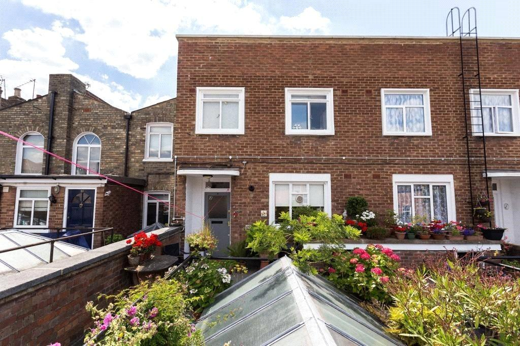 3 Bedrooms Maisonette Flat for sale in Hornsey Road, London, N7