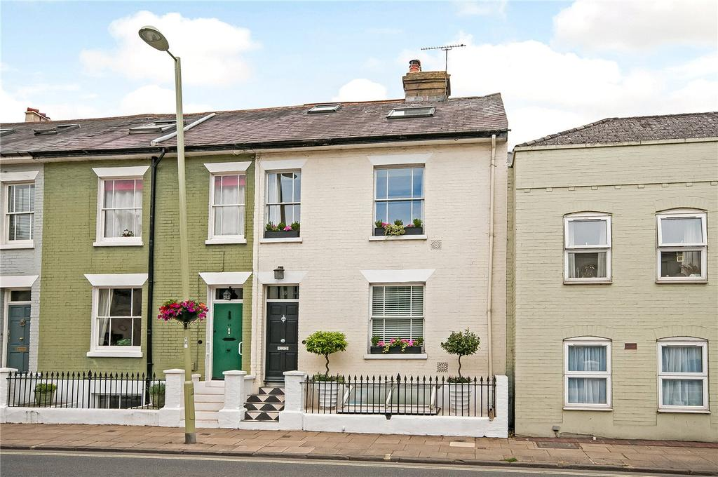 3 Bedrooms Terraced House for sale in Eastgate Street, Winchester, Hampshire, SO23