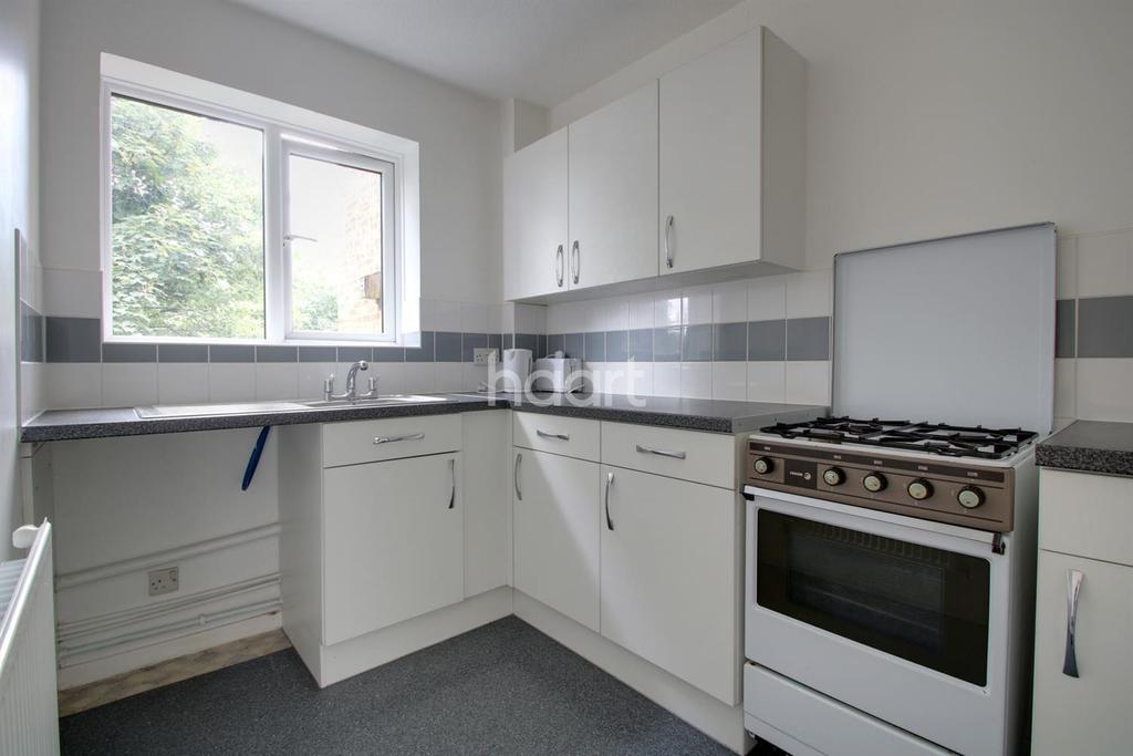 Studio Flat for sale in Southbridge Road, Croydon, CR0