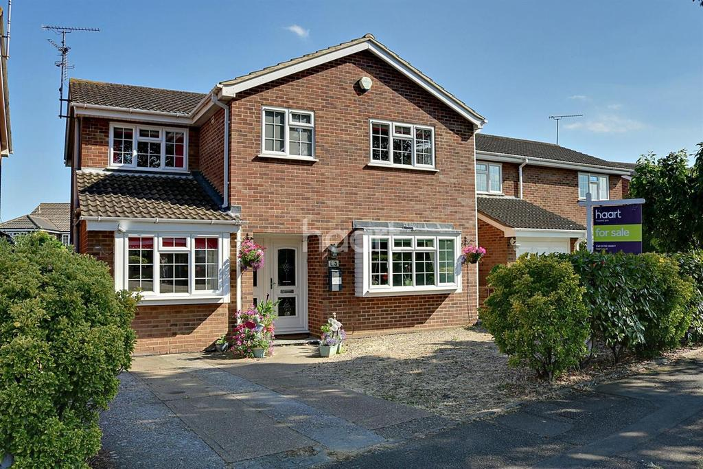 4 Bedrooms Detached House for sale in Bishopsteignton, Shoeburyness