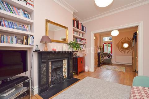 4 bedroom terraced house to rent - Effingham Road, London, N8