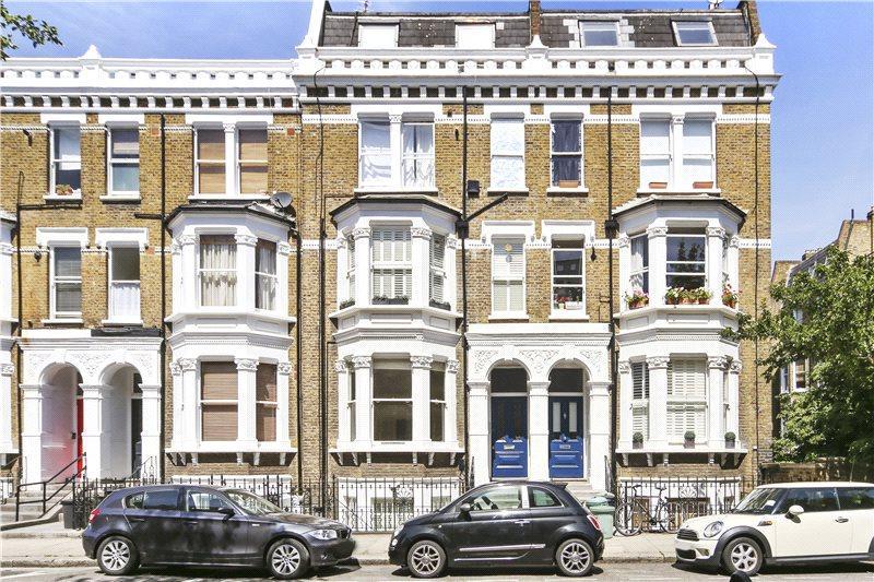 1 Bedroom Flat for sale in Bolingbroke Road, Brook Green, London, W14