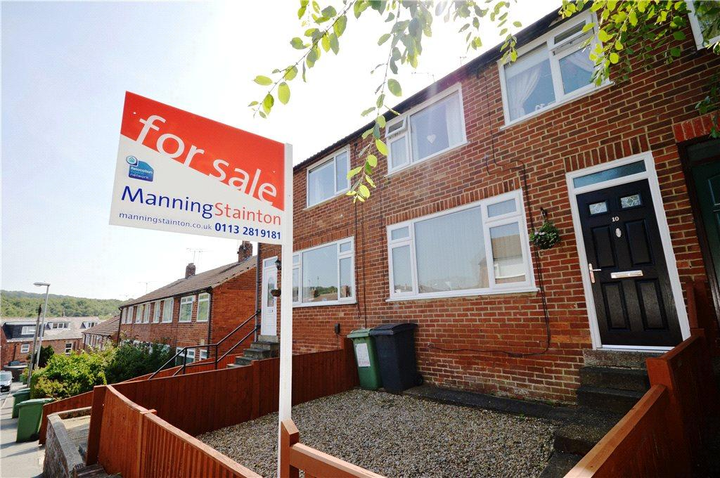 3 Bedrooms Terraced House for sale in Springfield Gardens, Horsforth, Leeds, West Yorkshire