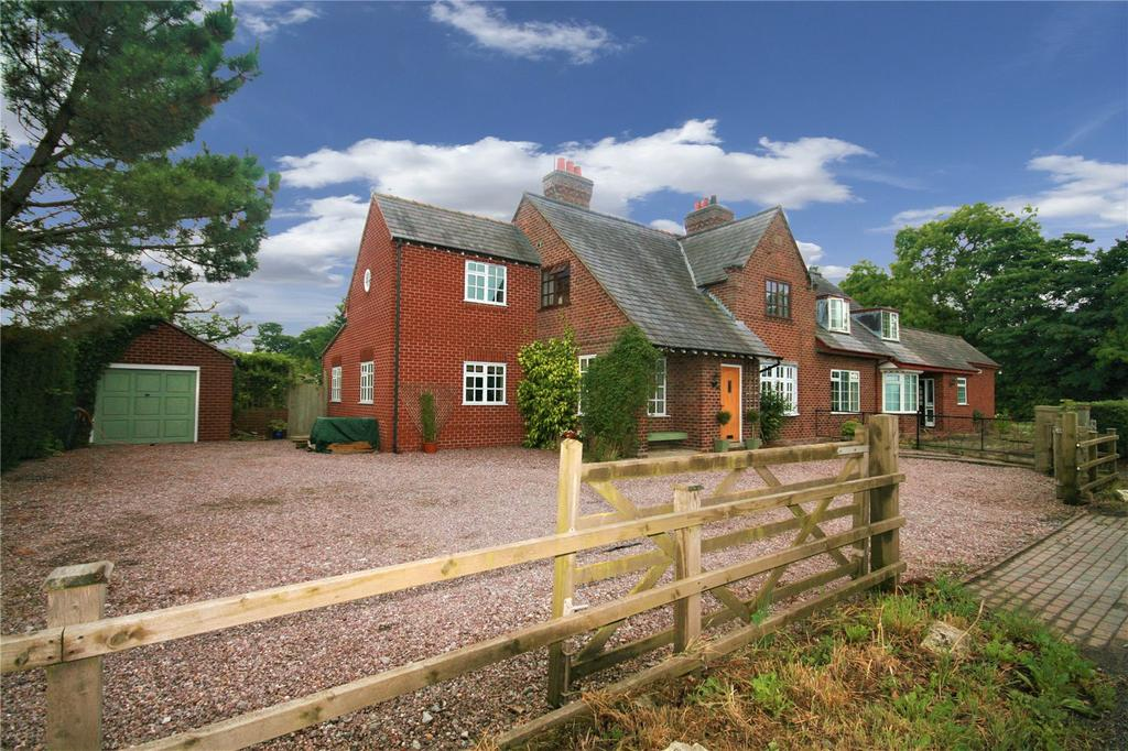 4 Bedrooms Semi Detached House for sale in Sibbersfield Cottage, Sibbersfield Lane, Churton, CH3