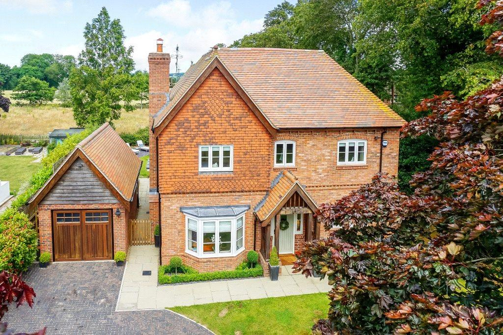 5 Bedrooms Detached House for sale in Upper Basildon, Reading, Berkshire