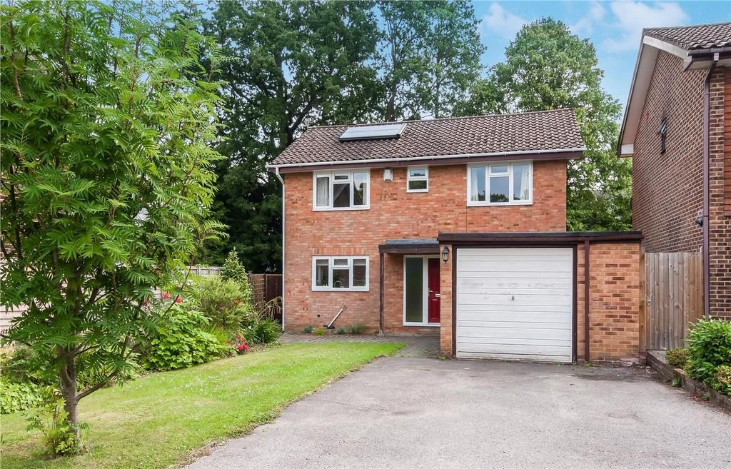 4 Bedrooms Detached House for sale in Tristan Gardens, Rusthall