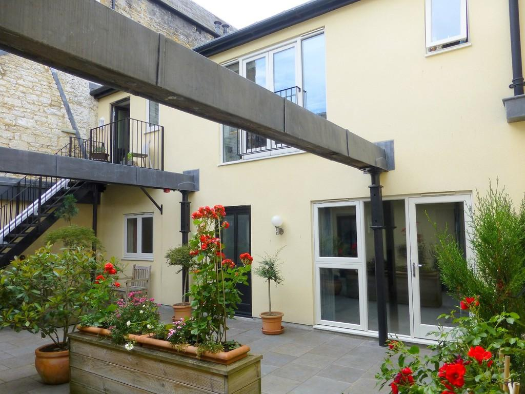2 Bedrooms Apartment Flat for sale in Abbey Mill, Bradford On Avon