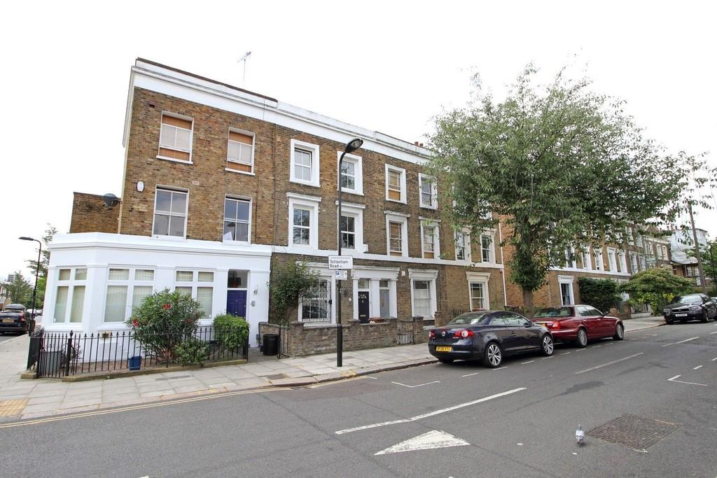 4 Bedrooms Terraced House for sale in Tottenham Road, N1 4EA