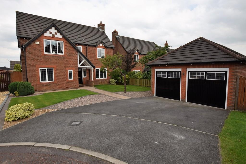 4 Bedrooms Detached House for sale in Hartland Gardens, Rainhill, Prescot