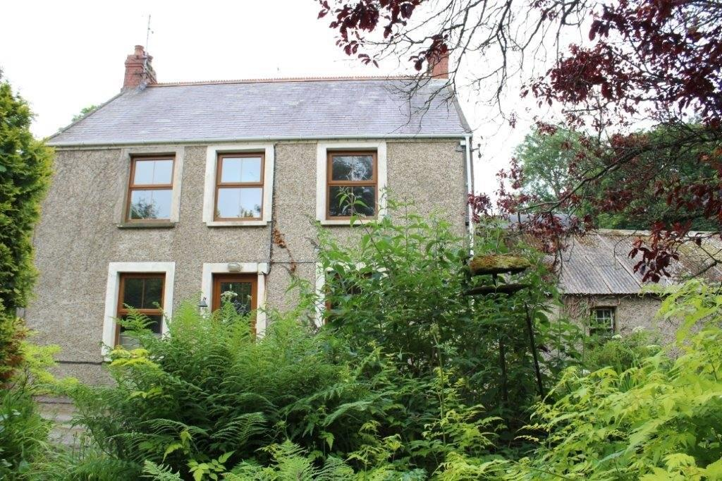 3 Bedrooms Detached House for sale in Letterston, Fishguard, Pembrokeshire