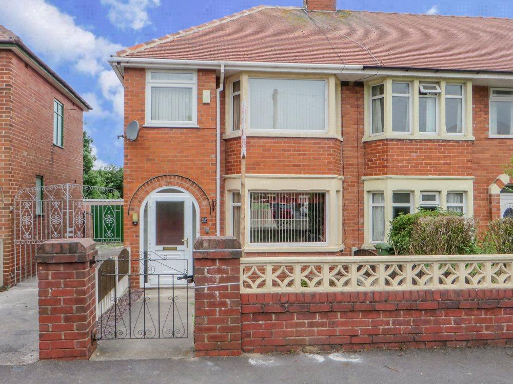 3 Bedrooms End Of Terrace House for sale in Belgrave Road, Poulton-Le-Fylde