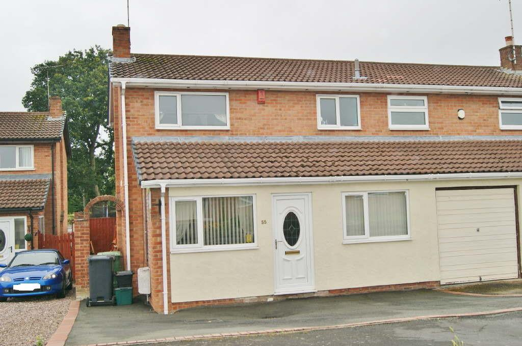 3 Bedrooms Semi Detached House for sale in Southleigh Drive, Wrexham