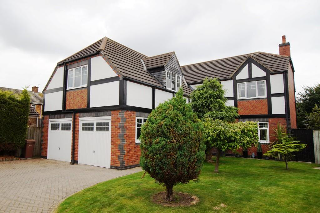 5 Bedrooms Detached House for sale in Oberon, Georgian Way