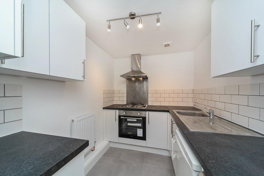 Studio Flat for sale in Cambridge Road, Hove, BN3