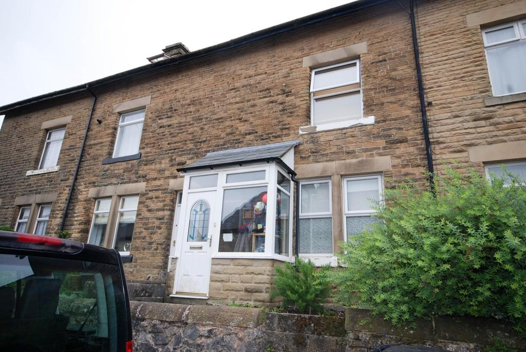 4 Bedrooms Terraced House for sale in Nunsfield Road, Buxton