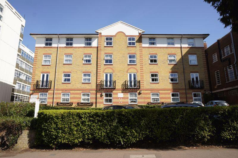 1 Bedroom Retirement Property for sale in Station Road, Sidcup, DA15 7JU