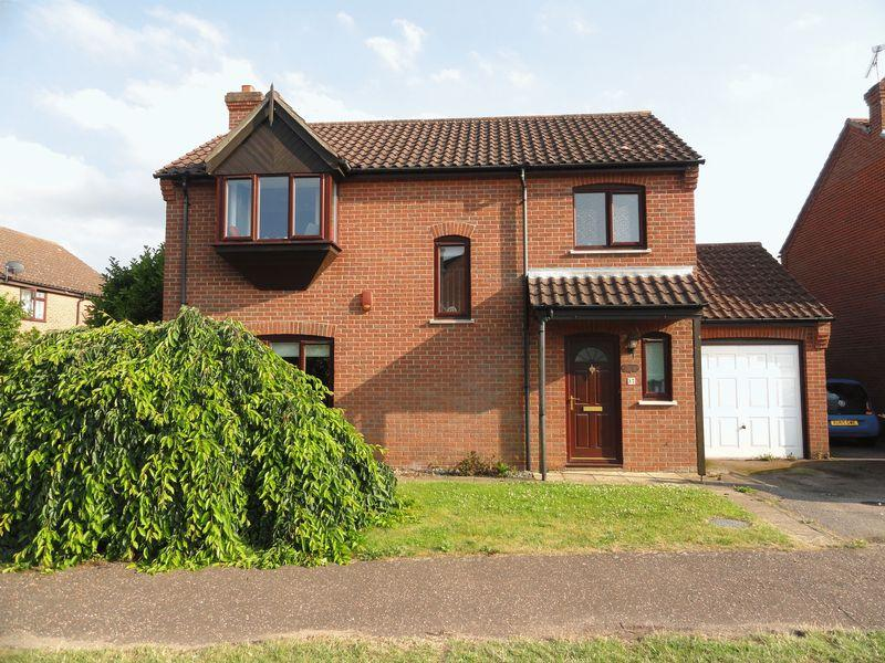 3 Bedrooms Detached House for sale in Cameron Green, Norwich
