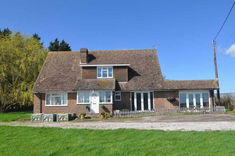 4 Bedrooms Equestrian Facility Character Property for sale in Robertsbridge, East Sussex