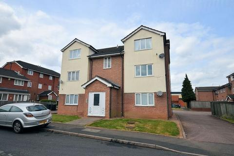 2 bedroom flat to rent - Winchester Close, Rowley Regis