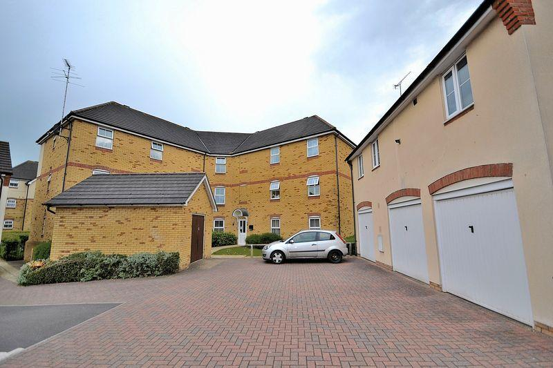 2 Bedrooms Apartment Flat for sale in Clay Furlong, Leighton Buzzard