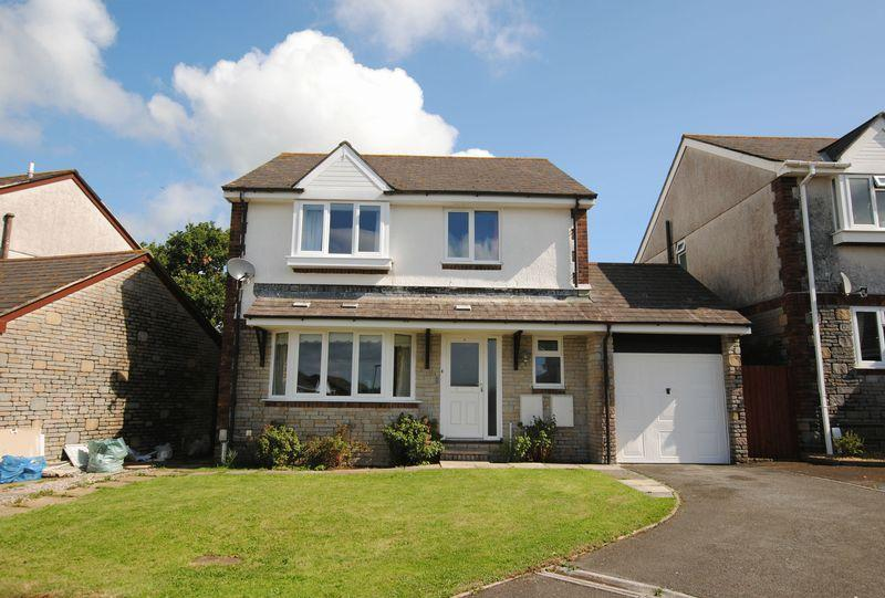4 Bedrooms Detached House for sale in Hearl Road Latchbrook Saltash