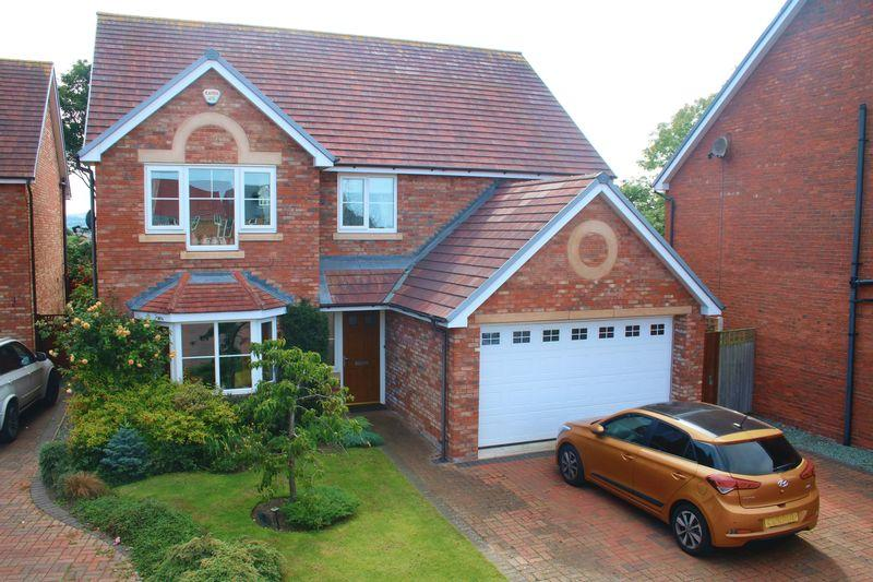 4 Bedrooms Detached House for sale in Tirionfa, Rhuddlan