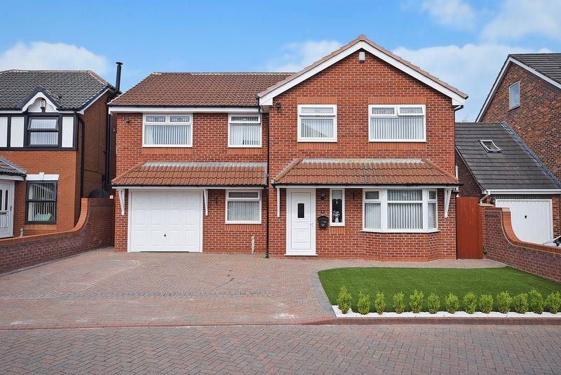 4 Bedrooms Detached House for sale in Cedardale Park, Widnes