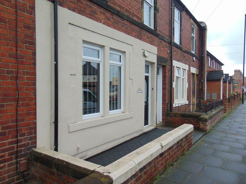 1 Bedroom Ground Flat for sale in Cooperative Terrace, Newcastle Upon Tyne